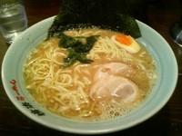 「ラーメン大盛り(麺硬め)800円」@横浜らーめん 壱八家 本厚木店の写真