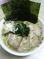 「チャーシューメン(麺硬め油多め割増)900円」@横浜ラーメン 町田家 町田本店の写真