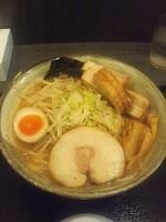 「角切り焼豚濃厚味噌らーめん1100円」@清勝丸 海老名店の写真