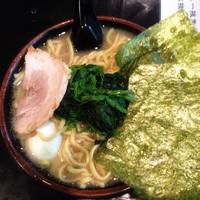 「味玉ラーメン並(醤油)750円」@九ツ家 本店の写真