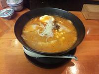 「辛味噌拉麺」@麺 たち花の写真