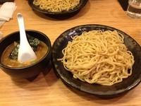 「超濃厚魚介つけ麺 特盛 850円」@支那そばや イオンレイクタウン店の写真