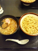 「つけめん中(太麺熱盛り麺硬め)750円」@清勝丸 海老名店の写真