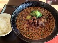 「無錫担々麺(ウーシータンタンメン)¥800」@中華 孔雀庁の写真