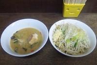 「【限定】 グリーンカレー味噌つけ麺:850円」@蓮爾 さんこま店の写真