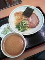 「冷やしごまタレつけ麺390円(期間限定品)」@ジロー'sテーブルの写真