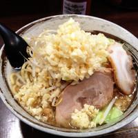 「ラーメン¥680+ランチサービス麺増100g」@麺屋 愛0028の写真