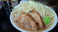 「みそラーメン(野菜、脂、ちょっと多め)750円」@ラーメン浜田家の写真