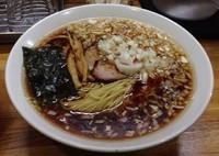 「らーめん大盛+玉ネギ増量+ライス」@八王子ラーメン専門店 麺屋 AJiTATSUの写真