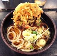 「かけうどん(¥260)+かき揚げ(クーポン)」@ゆで太郎 平和島店の写真