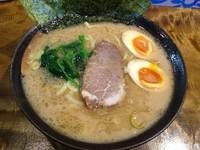 「ラーメン+味付玉子(¥650+¥100)」@麺処 謹ちゃんの写真