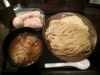 「マル得つけ麺 中盛り」@三ツ矢堂製麺 高田馬場店の写真