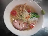 「鶏と魚介の芳醇塩 750円」@麺処 ほん田 東京駅一番街店の写真
