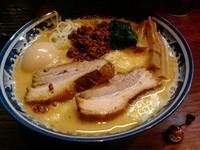 「特製チーズ坦々麺」@中華そば 旋の写真