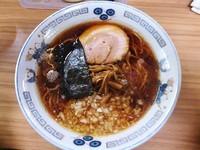 「らーめん(600円)+半ライス(100円)」@らぁ麺 つねの写真