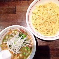 「魚鶏つけ麺」@麺屋 社中の写真