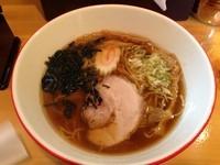 「醤油ら~めん 700」@ら~めん 桜食堂。の写真