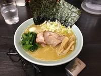 「醤油ラーメン 並」@松壱家 平塚店の写真