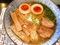 「塩味玉」@麺屋 はなび 高畑本店の写真