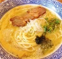 「牡蠣出汁白湯らーめん750円『でづのかきやん2号』」@ラーメン燈郎の写真