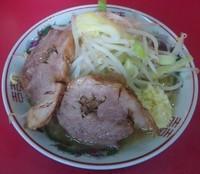 「ラーメン(麺半分):600円」@ラーメン二郎 大宮店の写真