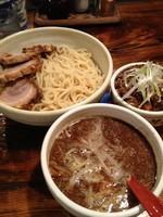 「味玉焼豚つけソバ(魚介出汁つけ)1050+ミニ丼豚辛めし15」@中華ソバ 櫻坂の写真