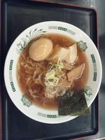 「中華そば+味付け玉子」@日高屋 桶川駅店の写真