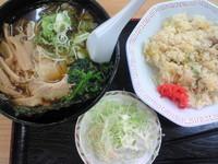 「ラーメンセット800円」@東部湯の丸サービスエリア(上)の写真