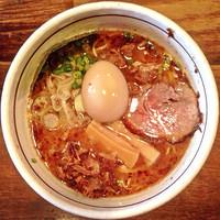 「中華そば(地鶏の味玉付き)」@つけ麺 APPLE BASICの写真
