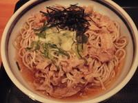 「冷やし豚しゃぶそば 【480円】」@(有)高本製麺所の写真