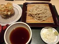 「かき揚げそば(せいろ)700円」@国産二八蕎麦 蕎香 ecute上野店の写真
