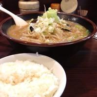 「野菜ラーメン(¥700)」@中華栄雅の写真