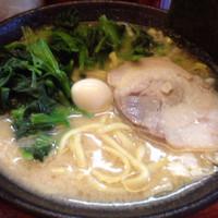 「ラーメン+ほうれん草+ネギチャーシュー丼」@濃厚とんこつラーメン 十条家の写真