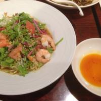 「サンチュとトマトの冷やし担々麺」@バーミヤン 西東京田無店の写真