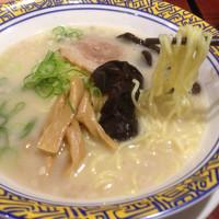 「釜炊きとんこつ」@バーミヤン 西東京田無店の写真