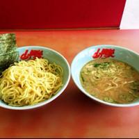 「醤油つけ麺」@ラーメン山岡家 八千代店の写真