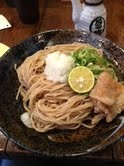 「特製醤油で味わう自家製麺」@麺心 よし田の写真