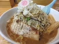 「味噌野菜ラーメン+中盛(780円)」@常勝軒 総本店の写真