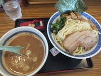 「つけ麺醤油680円中盛(クーポンで500円)」@優勝軒 柏店の写真