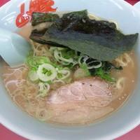 「醤油ラーメン ¥590」@山岡家 東松山店の写真