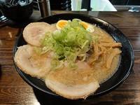 「醤油ラーメン大盛 煮玉子 麺硬め ビール」@麺処 繋-Guの写真