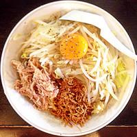 「汁なし麺(ニンニク)」@麺とび六方 茅野店の写真