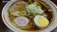 「醤油(中華そば)+メンマ増し(麺かため)」@中華そば 満開の写真