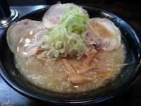 「醤油ラーメン(680円)+チャーシュー2枚(クーポン使用)」@麺処 繋-Guの写真