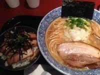 「ニボやん¥750+飯飯¥150」@麺屋 一燈 ラゾーナ川崎店の写真
