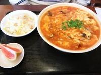 「酸辣湯麺+半チャーハン 850円」@川国志の写真