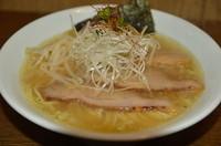「塩(塩らー麺) 650円」@らー麺 塩やの写真