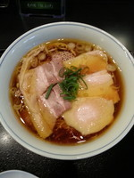 「2号らぁめん+チャーシュー」@ラァメン家 69'N' ROLL ONE 赤坂本店の写真