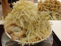「ラーメン (大盛り) 720円」@ジャンクガレッジ プレナ幕張店の写真