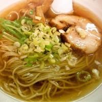 「秋刀魚だしラーメン(醤油)+チャーハンセット」@秋刀魚だし 黒船の写真